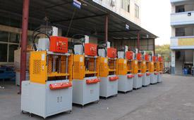 【东莞】压铸行业受欢迎的油压切边机就在鑫台铭造