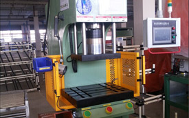 XTM-107S伺服液压机特点
