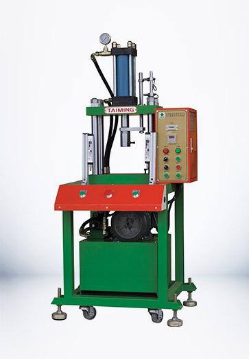 四柱两板液压机_XTM103
